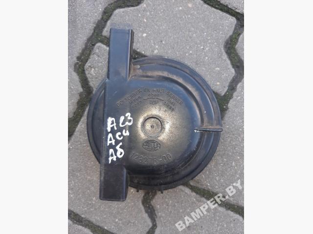 Крышка (заглушка) задняя фары левой   12827600