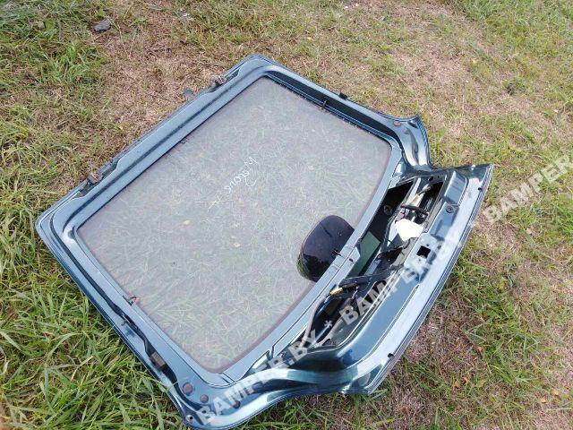 Петля крышки багажника